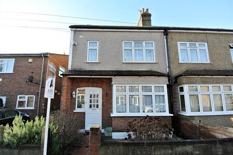 3 bedroom semi-detached house for sale - Imperial Road, Bedfont, Feltham, TW14