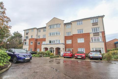 2 bedroom apartment for sale - Alston Court, Crowstone Road, Westcliff-On-Sea