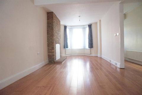 4 bedroom terraced house to rent - North Road, London