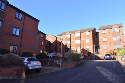 2 bedroom flat - Sarlou Court, Uplands, Swansea