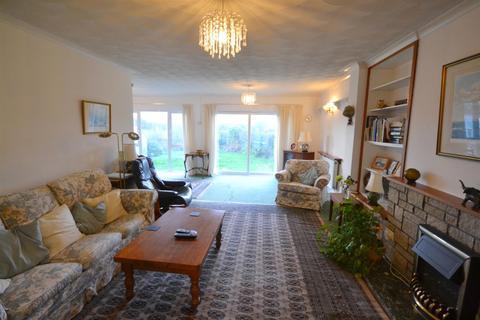 4 bedroom detached bungalow for sale - Gwbert Road, Cardigan