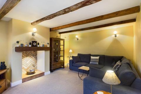3 bedroom semi-detached house for sale - Full Sutton, York, YO41 1HW