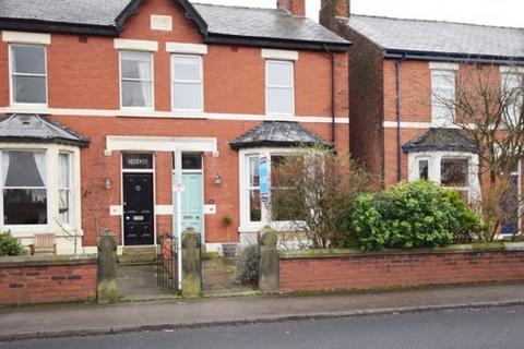 3 bedroom semi-detached house to rent - Warton Street, Lytham