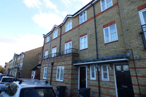 5 bedroom townhouse to rent - Rookes Crescent, Chelmsford CM1