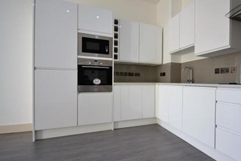 2 bedroom ground floor flat to rent - Gleneldon Road, London  SW16