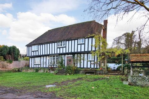 3 bedroom detached house for sale - Station Hill, East Farleigh, Maidstone, Kent, ME15