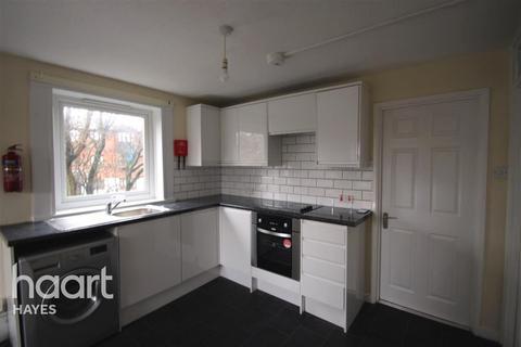 3 bedroom flat to rent - GLENISTER HOUSE, UB3 3