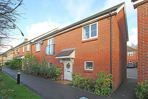 2 bedroom coach house for sale - Fraser Row, Fishbourne PO18
