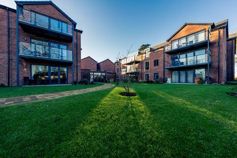 2 bedroom retirement property for sale - Property18, at Stapleton Court Tranby Lane HU14