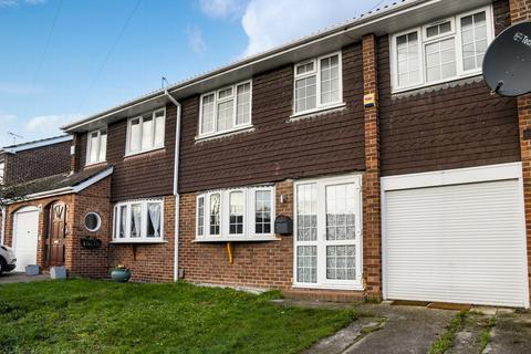 5 bedroom semi-detached house for sale - Faesten Way, Bexley, DA5