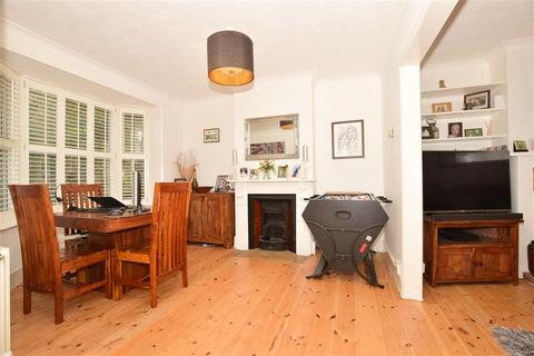 4 bedroom semi-detached house for sale - Kings Road, Haywards Heath, West Sussex