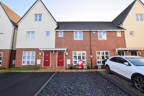 2 bedroom terraced house for sale - Farleigh Drive, Aylesbury