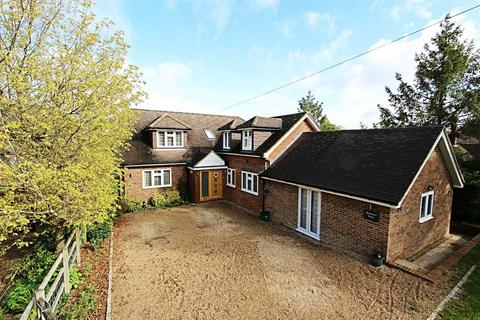 5 bedroom detached house for sale - Buckland Road, Buckland