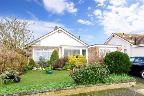 2 bedroom detached bungalow for sale - Collingwood Close, Broadstairs, Kent