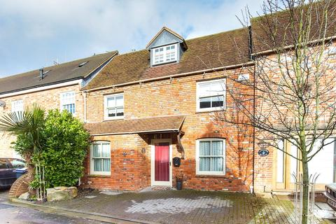 3 bedroom terraced house for sale - Angel Yard, High Street, Marlborough, SN8