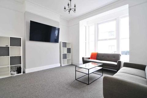 7 bedroom house share to rent - Bedford Park, Plymouth