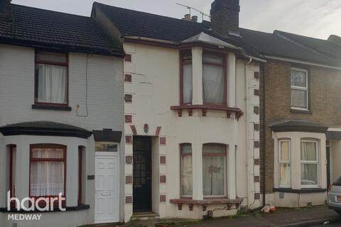 3 bedroom terraced house for sale - Castle Road, Chatham