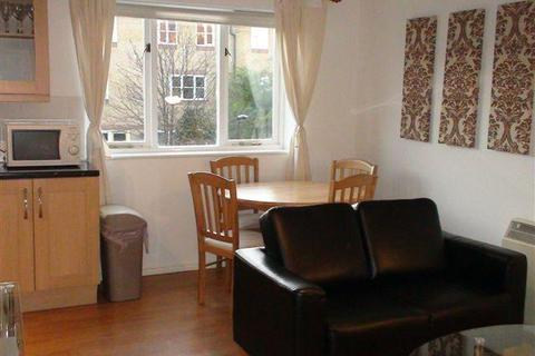 2 bedroom flat to rent - Westferry Road, London