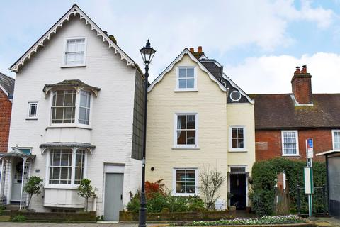 3 bedroom townhouse for sale - Priestlands Place, Lymington, SO41