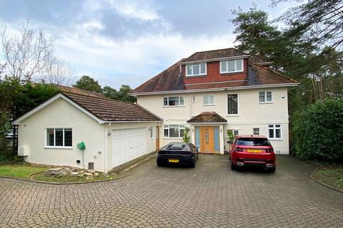 5 bedroom detached house for sale - New Road, West Parley, Ferndown, BH22