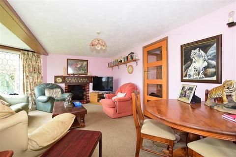 4 bedroom bungalow for sale - Limerstone, Newport, Isle of Wight