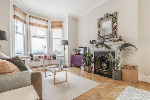 2 bedroom flat - Lakeside Road, Brook Green