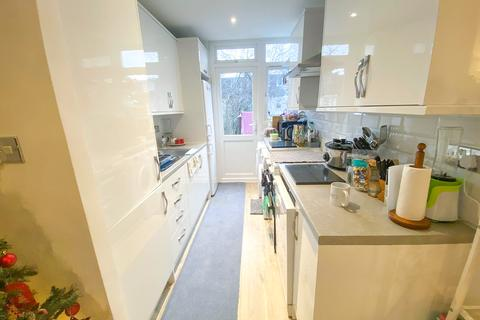 4 bedroom maisonette to rent - Colwith Road, London, W6