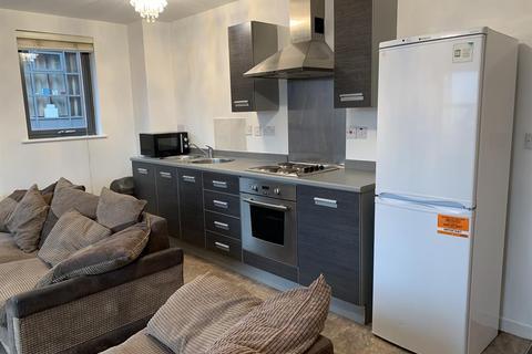 2 bedroom flat to rent - Blantyre Street, Manchester, M15 4JJ