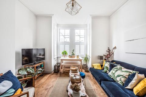 2 bedroom flat for sale - Coleridge Road, Crouch End