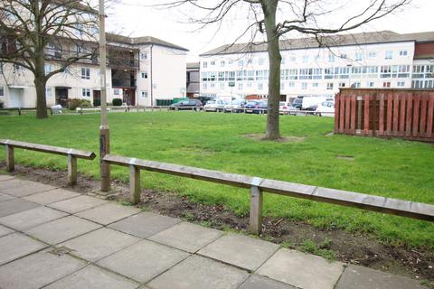 1 bedroom flat to rent - Brookwood Road, HOUNSLOW, Middlesex, TW3