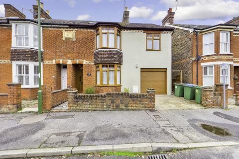 4 bedroom semi-detached house for sale - Cambridge Road, Horsham