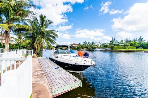 4 bedroom house - George Town, 2487, Cayman Islands