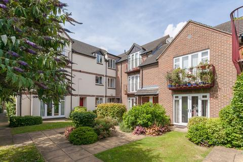 2 bedroom apartment to rent - Sunderland Avenue, North Oxford, OX2
