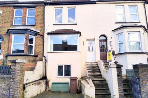 3 bedroom terraced house to rent - Gravesend Road, Strood, Rochester