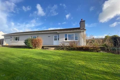 3 bedroom detached bungalow for sale - Camrose, Haverfordwest