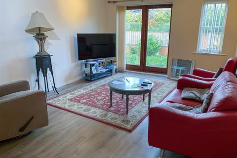 2 bedroom ground floor flat for sale - Rowes Mews, Newcastle Upon Tyne