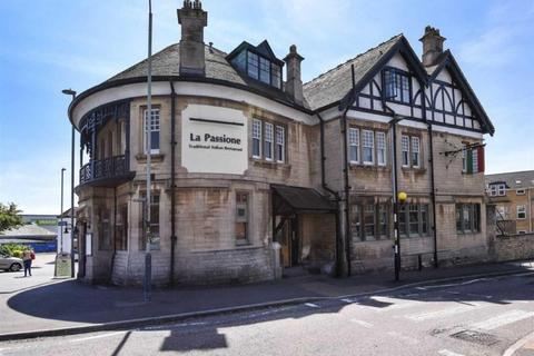 2 bedroom flat for sale - Park Lane, Chippenham