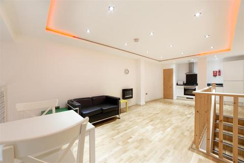 1 bedroom apartment to rent - £800pcm - Falconars House, Newcastle Upon Tyne