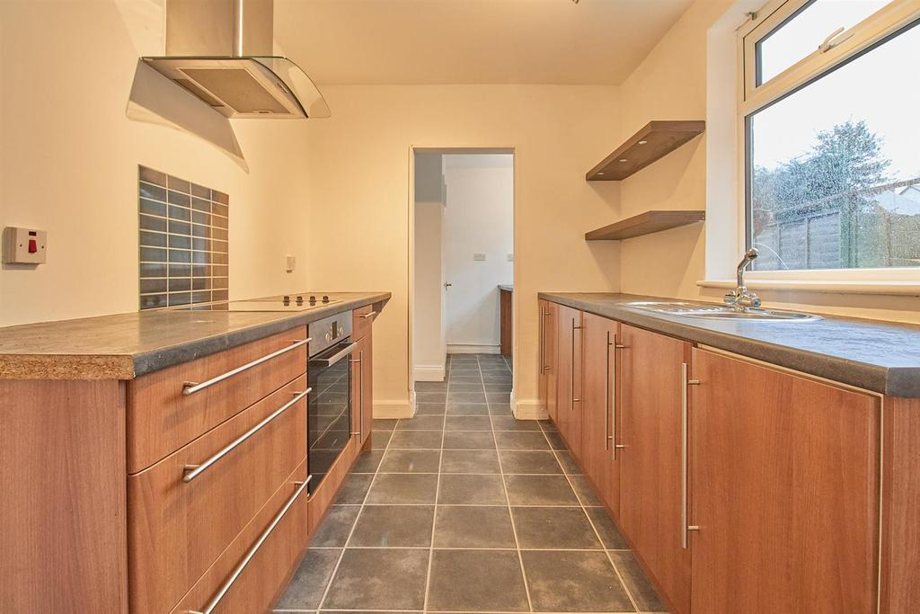 Fitted Kitchen to Rear