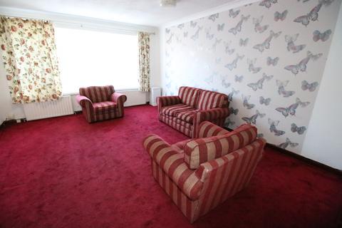 2 bedroom flat - Corban Road, HOUNSLOW, Greater London, TW3