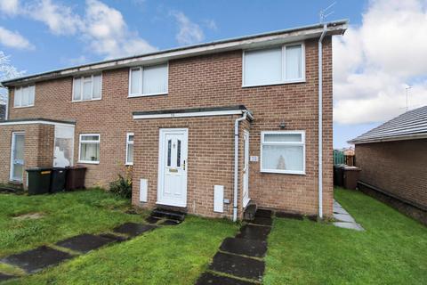 2 bedroom flat - Welwyn Close, Wallsend