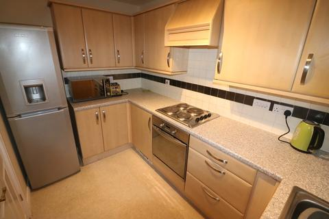1 bedroom apartment to rent - 72 Chandlers Court