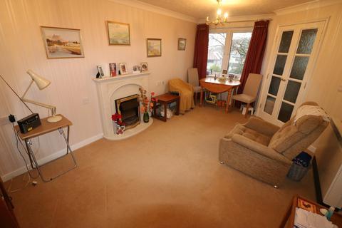 2 bedroom apartment to rent - Ella Court, Kirk Ella