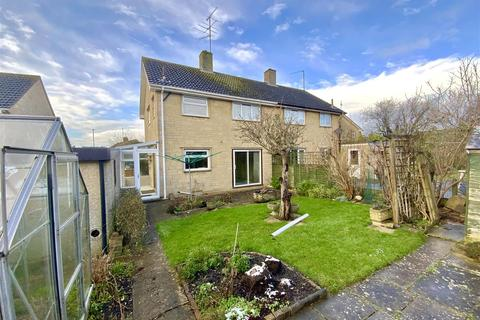 3 bedroom semi-detached house for sale - Queen Elizabeth Road, Cirencester