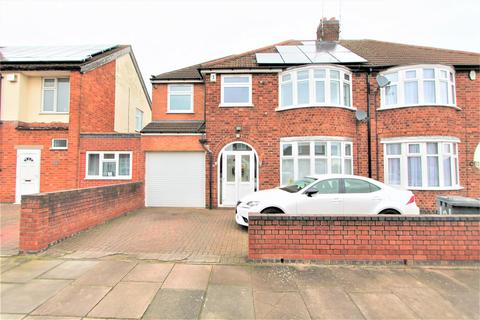4 bedroom semi-detached house for sale - Northdene Road, Knighton, Leicester LE2