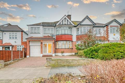 4 bedroom semi-detached house for sale - Mount Pleasant, Cockfosters