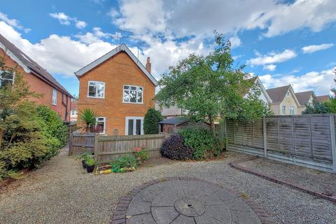 2 bedroom flat for sale - Parkstone Avenue Poole BH14 9LS