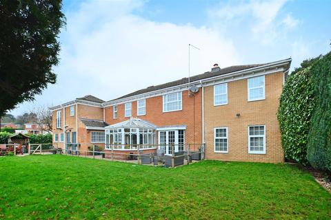 5 bedroom detached house for sale - Wentworth Avenue, Whirlowdale Park, Sheffield