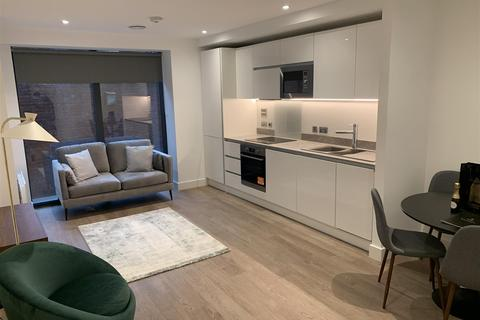 Studio to rent - Hadrian's Tower, Rutherford Street, Newcastle Upon Tyne