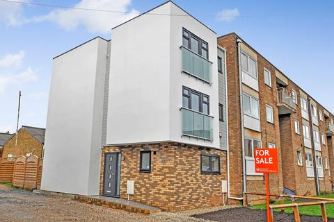 3 bedroom townhouse for sale - Mildmay Road, Old Moulsham, Chelmsford, CM2